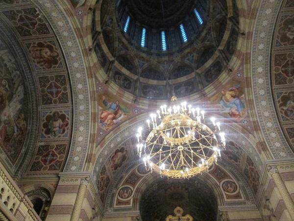 інтер'єр церкви Трьох Святителів м. Чернівці