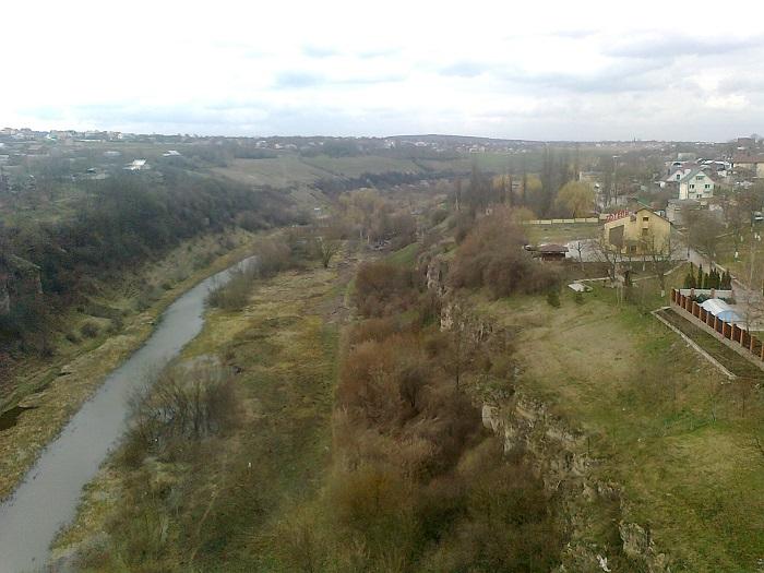 Не дуже вдале фото з кам'янецького моста