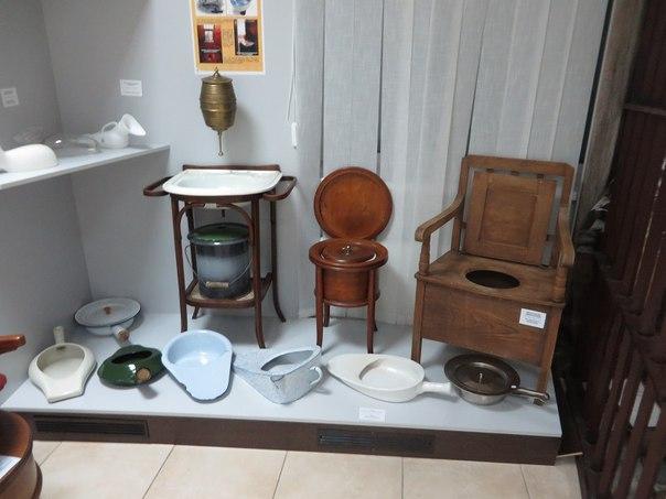 Музей історії туалету (3)